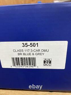 Bachmann oo gauge class 117 dmu. DCC Fitted. Blue/Grey