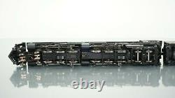 Broadway Limited 4-6-6-4 Challenger Union Pacific 3985 DCC withParagon3 HO scale