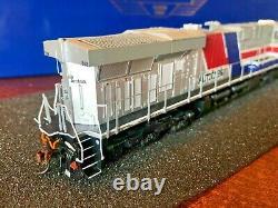 HO Athearn Genesis ES44AC Amtrak #568 with DCC & Tsunami2 Sound