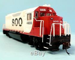 HO Scale Model Railroad Trains Engine Soo Line GP-40 Locomotive DCC & Sound