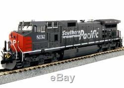 KATO 376631 HO GE C44-9W Southern Pacific 8132 Locomotive DC, DCC READY 37-6631