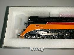 Kato Southern Pacific Daylight GS-4 4-8-4 #4453 DCC installed