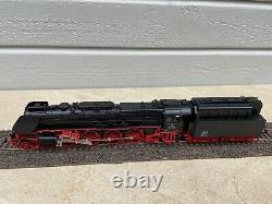 Märklin Spur H0 39242 Schnellzug- Dampflokomotive BR 08 DCC, Sound, Rauch