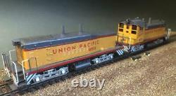 Union Pacific EMD TR5 Cow Calf DC/DCC, sound, lights set of 2 w dynamic brakes