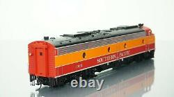 Walthers Proto E9A Southern Pacific SP DCC Ready HO scale